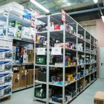 Работа на складе электроники в Праге.