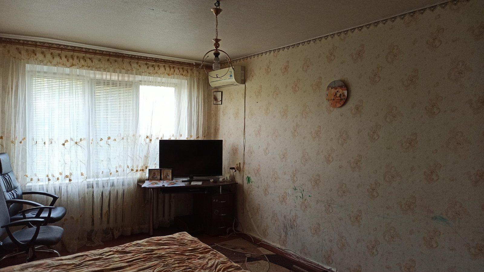 Продам 2 комнатную квартиру. Район Багачанская