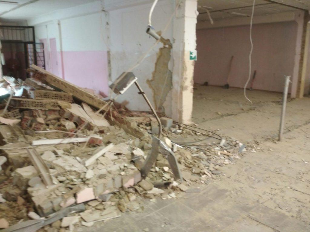 Демонтажные работы. Демонтаж  стен, кирпича