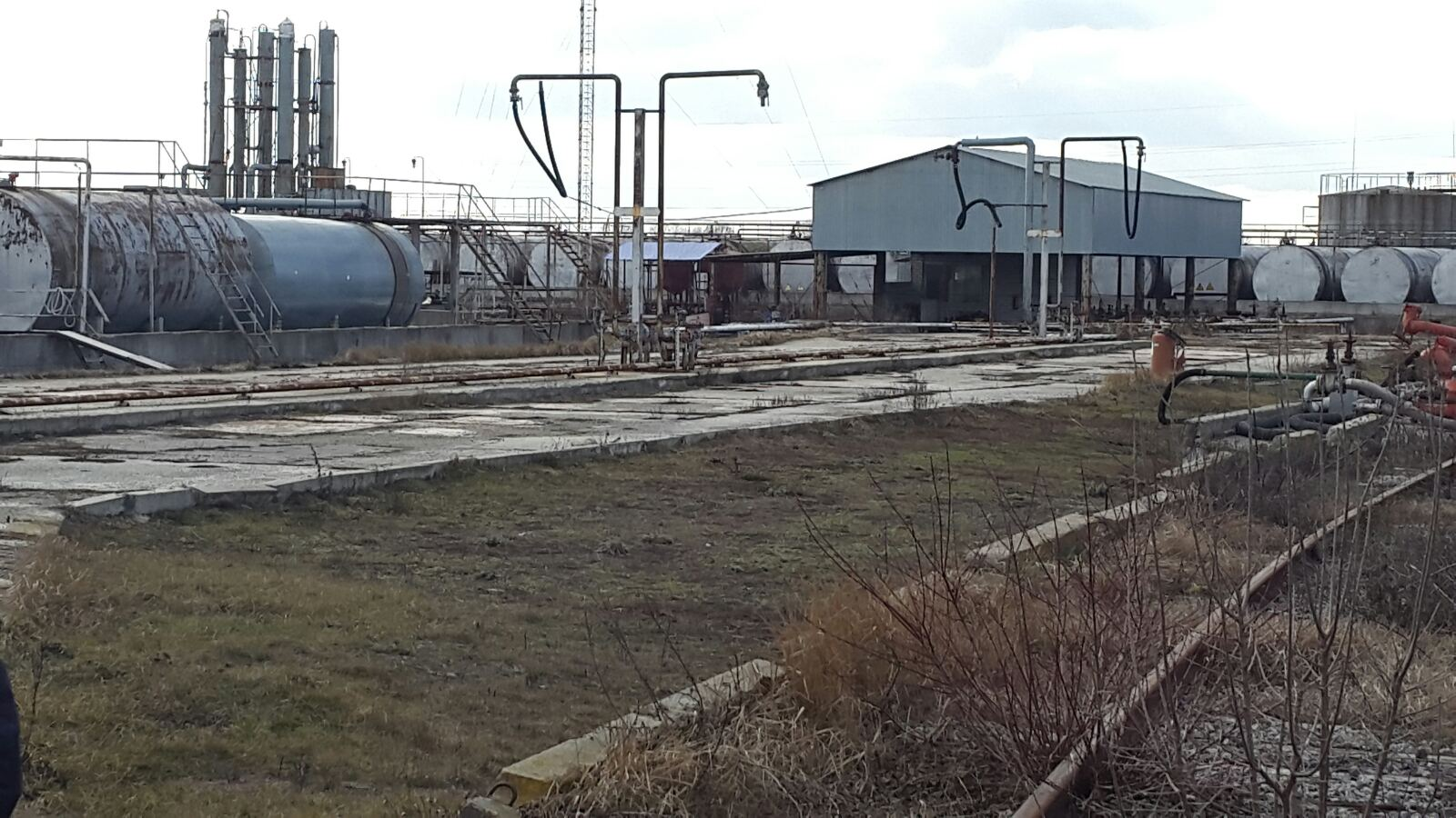 Продажа нефтеперерабатывающего завода с нефтибазой