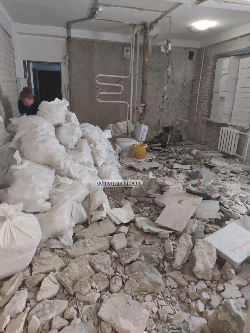 Демонтажные работы. Демонтаж квартиры, стен