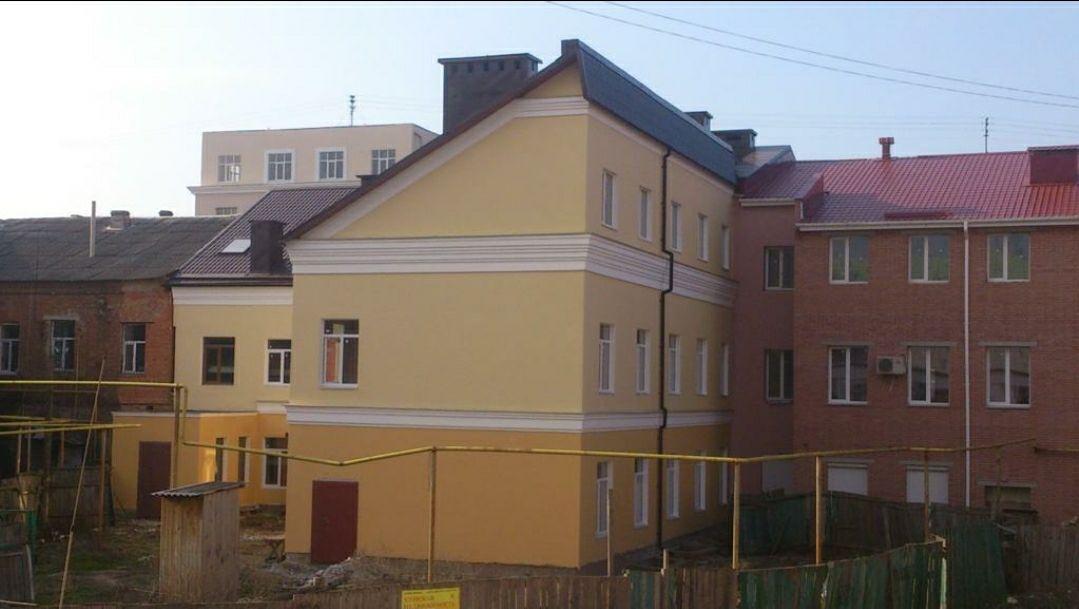Пропоную новий будинок в самому центрі міста